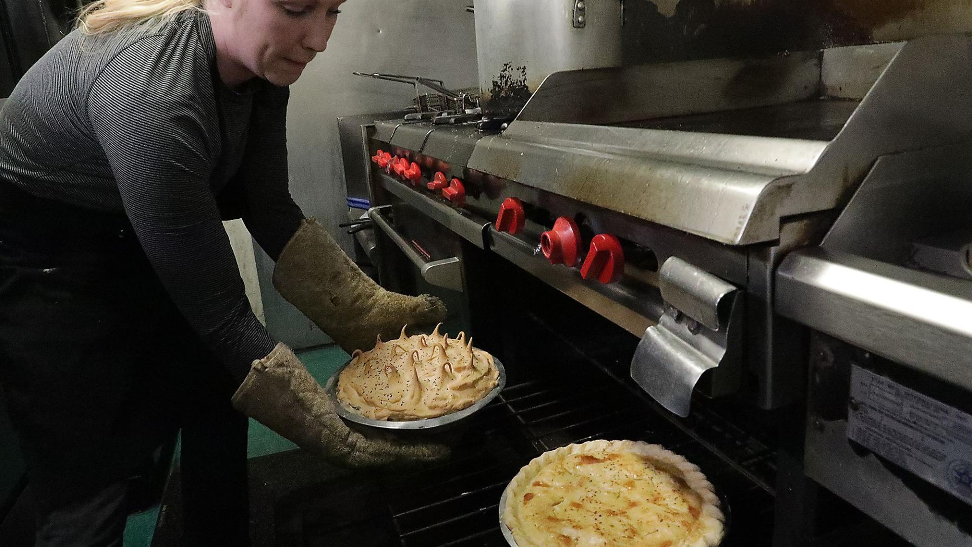 Coronavirus Community Rallies Around Champaign County Restaurant